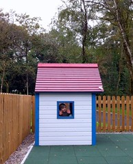 Parknasilla_playhouse_1