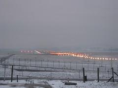KRK RWY 25 (krystian_kuc) Tags: airport krakw cracow spotting krk epkk vision:outdoor=099 vision:sky=0972 vision:ocean=0774 vision:clouds=0922