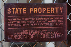 State Property (wicks_photo) Tags: california sign metal warning fence rust stateproperty