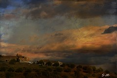 Tramonto in campagna (Laralucy) Tags: panorama texture alberi nikon tramonto nuvole campagna elaborazione casolari artdigital