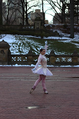 Dancing in central park (Xavier Desnoyers) Tags: park new york city nyc usa ny classic dance dancing central performers danceuse