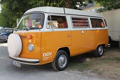 VW T2 b Westfalia Berlin (1975) (Mc Steff) Tags: b bus berlin vw volkswagen retro classics 1975 camper barock meets wohnmobil t2 westfalia bulli 2014