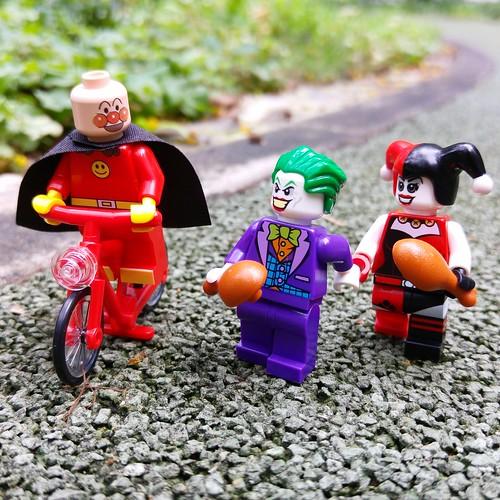 """Better bread with water than cake with trouble.""(http://MiniPlayHouse.com #minifigures #lego #anpanman #joker #harleyquinn #batman#superhero #japan #comic #toy #photography #bike #bread #manga"