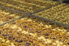 Istanbul '16-6529 (Harry Schmitz) Tags: istanbul delicacies baklava sweetshop