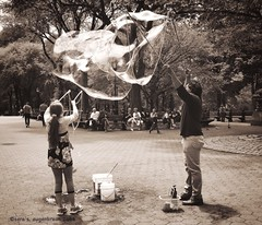 Bubbles #2, NYC (augenbrauns) Tags: nyc centralpark bubbles olympus