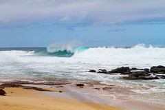 IMG_4085 (The.Rohit) Tags: beach hawaii coast sand waves oahu shore aloha banzaipipeline