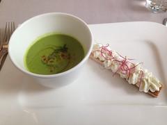 Petit pois en soupe glace au caill de brebis melba et menthe poivre (Creusaz) Tags: soupe melba pois petit glace menthe brebis poivre caill