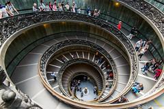 L escalier (sebastien.mespoulhe) Tags: vatican rome tourism stair escalier touriste