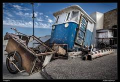 Abandono (meggiecaminos) Tags: blue azul port puerto morocco porto marocco marruecos azzurro carrito asilah fishingport puentedemando puertopesquero portodipesca