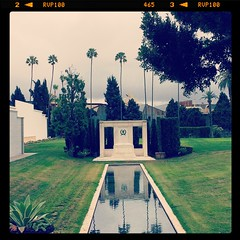 Fairbanks reflecting pool (katerz1) Tags: fone hollywoodforever
