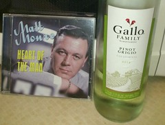 Terry Parsons and a cheap bottle of Italian wine (boysnips) Tags: blanco gallo wine singer parsons whitewine crooner italianwine mattmonro pinotgregio