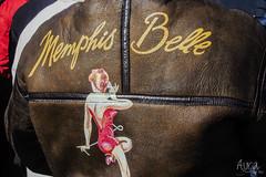 Memphis Belle (YoSoyEntropia) Tags: woman brown photography photo mujer foto chica colores jacket fotografia marron detalles pinup sexi cuero aviador chaqueta aviacion