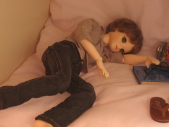 Sleepy Time 003 (EmpathicMonkey) Tags: toby ball toys happy monkey photo dolls olive story bjd jointed bluefairy
