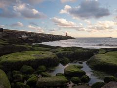 Noordpier (Paul Beentjes) Tags: nederland netherlands noordpier northpier pier zee sea noordzee northsea sunset zonsondergang wolken clouds vuurtoren lighthouse