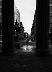 (Cirque_Noir) Tags: blackandwhite monochrome glasgow streetphotography queenstreet bnw