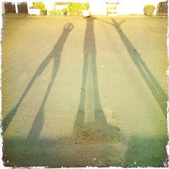 Long Shadows Cramond (billyrosendale) Tags: scotland edinburgh long shadows lowsun longshadows cramond hipstamatic
