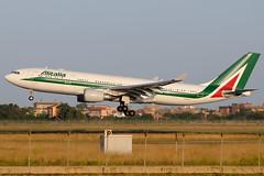 Airbus A330-200, Alitalia, EI-EJO (DrinkyB) Tags: rome roma airbus a330 alitalia fiumicino fco a330200 a332 lirf eiejo