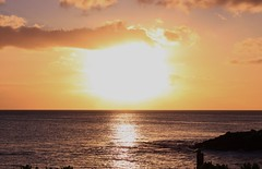 the elusive sun[Explored] thanks everyone! (Arista_Imaging) Tags: ocean travel sunset sea vacation hawaii koolina
