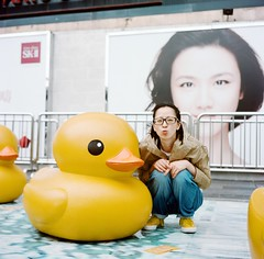 (Gregory Wu) Tags: film ic kodak w ikoflex hong kong rubberduck f35 75mm tessar