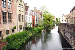 In Bruges (Hoang Viet Photography) Tags: city west heritage landscape europe european belgium brugge medieval westvlaanderen bruges flemish oldeurope flanders westflanders ancientcity medievaltown medievalcity inbruges