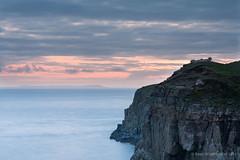 Enjoying the view - Skye (Kees Waterlander) Tags: skye zonsondergang natuur places natuurverschijnselen verenigdkoninkrijk schotland2013