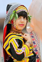 لبس تراثي من مدينة الطائف (waLef-alGrh) Tags: جديد بنت تصوير تصويري السعودية ملابس مهرجان تراثي الطائف فوتوغرافي بروترية عكاظ