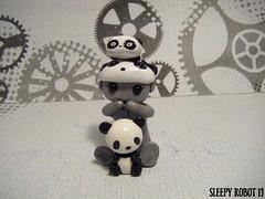 Pandamonium Robot (Sleepy Robot 13) Tags: cute robot diy handmade robots polymerclay fimo comicbook kawaii sculpey etsy urbanvinyl marvel sculpting smallbusiness sleepyrobot13 polymerclayurbanvinylsleepyrobot13etsysilvercraftcraftscraftingsculptingsculpturefigurinearthandmadecraftshowcutekawaiirobots