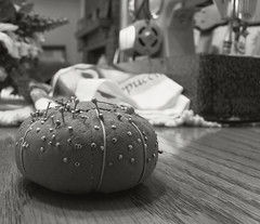 Pin Cushion (Photographs By Wade) Tags: oklahoma sewing pins pincushion needles cushion collinsville