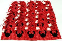 Hey Minnie! (Kika com Arte - Atelier de criaes) Tags: minnie lembrancinhas po saquinhos umaninho mariamanuela
