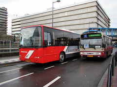 Veolia en BRAM Utrecht (Arthur-A) Tags: bus netherlands buses amsterdam museum volvo utrecht bram nederland romance autobus brabant noordbrabant neoplan bussen veolia hainje museumbus