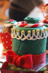 food design, christmas edition (trinidalitism) Tags: christmas red food colour green colors cake canon design desert sweet chocolate colorfull decoration foodporn sweets christmasdecoration mikser fooddesert canoneos1100d mikserdesignfood