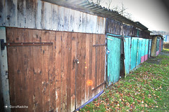 Garage (Radcha) Tags: old color belgium garage x tor tore hool eupen kabelwerk uploaded:by=flickrmobile flickriosapp:filter=nofilter