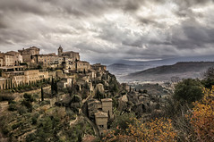 Gordes in the afternoon (Daniel Schwabe) Tags: sky sunlight storm france clouds day hill rays provence luberon gordes vaucluse bestcapturesaoi elitegalleryaoi