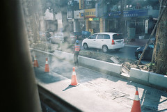 ( ourutopia) Tags: road film window car construction fuji taiwan sunny t5 fujifilm taichung t3 800 yashica t2 t4 fujicolor {vision}:{sky}=072 {vision}:{outdoor}=0922