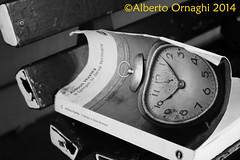 Tempo (Alberto04) Tags: italy get station start book europa europe flickr italia time watch libro pinkfloyd explore trainstation orologio stazione tempo biancoenero following attesa panchina contatti aspettare preferiti partire arrivare attendere canoneos700d