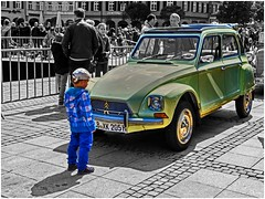 Boys and cars (FocusPocus Photography) Tags: auto classic car vintage citroen historic 2cv vehicle oldtimer hdr carshow ludwigsburg marktplatz selectivecolour historisch automobil automobilausstellung klassisch