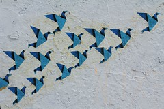 B. le Piaf_0326 rue des Frigos Paris 13 (meuh1246) Tags: streetart paris animaux oiseau paris13 lesfrigos ruedesfrigos blepiaf borislepiaf