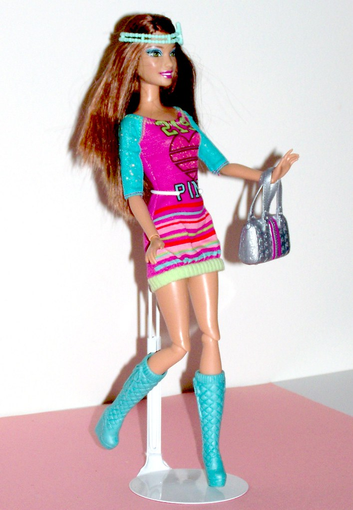 Barbie fashionistas in the spotlight cutie doll 36