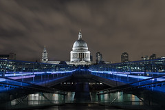 bridge london saint museum modern night pose long cathedral tate millenium pauls