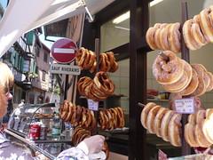 Eguisheim interdit (CHRISTOPHE CHAMPAGNE) Tags: france sens beignet alsace interdit bretzel 2016 eguisheim