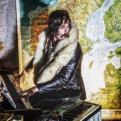 pianist (sami kuosmanen) Tags: music man rock night drunk suomi finland hair long map piano toni mies y kartta kouvola rocknroll musiikki knni rokki kuusankoski tukka pitk nahkatakki orpana