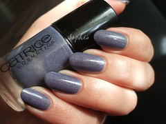 Catrice - Dirty Berry (sofi_ja) Tags: color dusty berry purple ultimate polish nails smokey inside manicure nailpolish shimmer muted holographic lacquer holo catrice