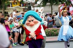 IMG_2845 (crosemoo) Tags: white snow boys beauty lost mouse happy frozen bell peterpan disney mickey disneyworld seven merida chip beast brave minnie elsa tinker tangled bashful dwarfs repunzel festivaloffantasy