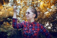 Be a Explorer. (Philipp Sarmiento   Photography) Tags: street girl canon landscape bavaria nice outdoor portait shooting regensburg brand philipp sarmiento dult