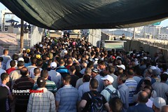 Palestinians wait to cross the Qalandia checkpoint (TeamPalestina) Tags: heritage photo photographer natural live palestine westbank ramallah innocent ramadan freepalestine photooftheday picoftheday palestinian occupation  issamalrimawi