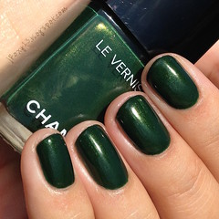 Chanel 536 Émeraude (jRoxy13) Tags: nail polish chanel emeraude