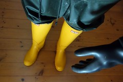 Well Protected! (essex_mud_explorer) Tags: rain yellow vintage boots gates bib rubber gloves hunter wellingtonboots wellies marigold rubberboots rainwear gummistiefel wellingtons waterproof gumboots rainboots gauntlets madeinscotland bibandbraces rubberlaarzen me107 marigoldemperor