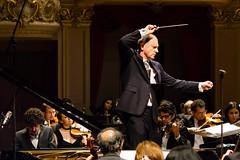 Colli-Thomson_07 (Cicero Rodrigues) Tags: brazil piano orchestra classicalmusic osb msicaclssica orquestrasinfnicabrasileira braziliansymphonyorchestra federicocolli neilthomsonconductor