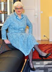 Ingrid022464 (ingrid_bach61) Tags: dress mature kleid pleatedskirt faltenrock