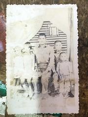 (chi.ilpleut) Tags: family june blackwhite taiwan memory oldtime kinmen 2016